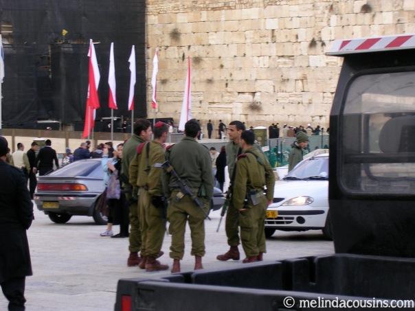 Western Wall Israeli soldiers 1